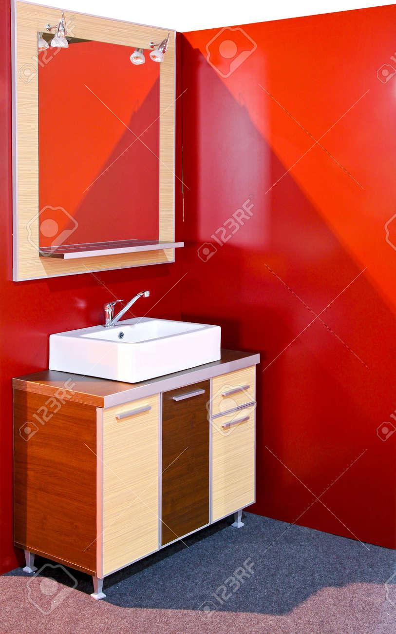 Wooden vanities in a modern contemporary bathroom Stock Photo - 6923906
