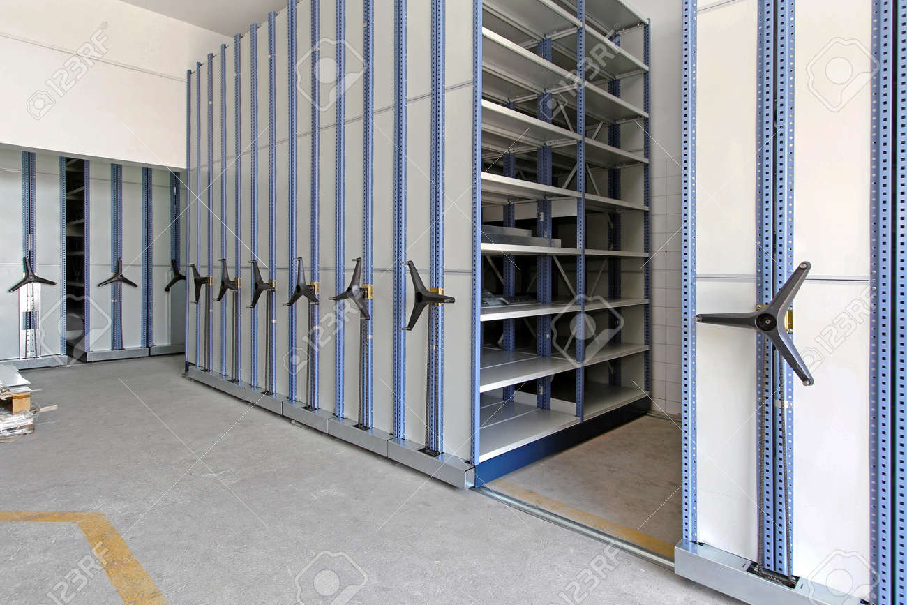 Automated shelving system with mobile cabinet for documents Stock Photo - 15165271