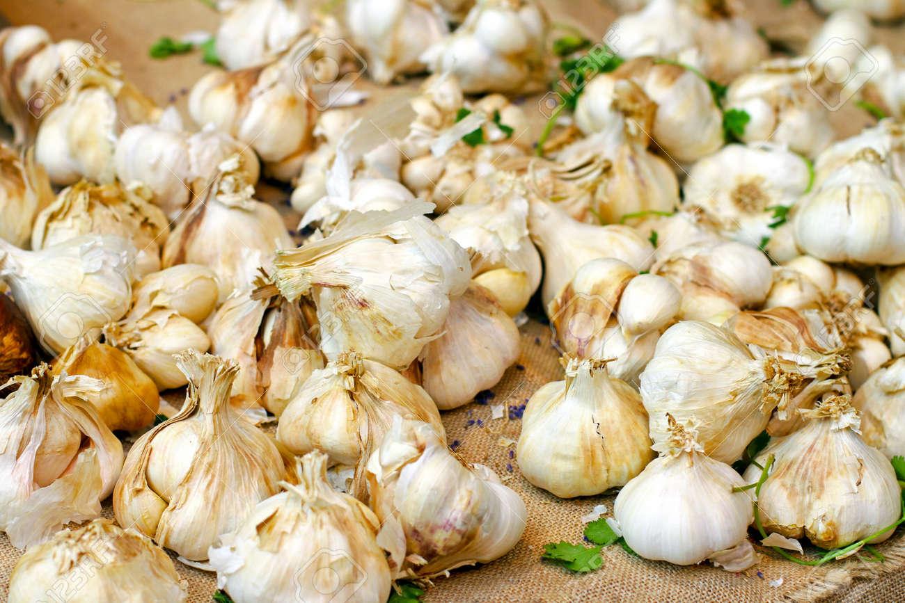 Big pile of organically grown raw garlic Stock Photo - 17123483