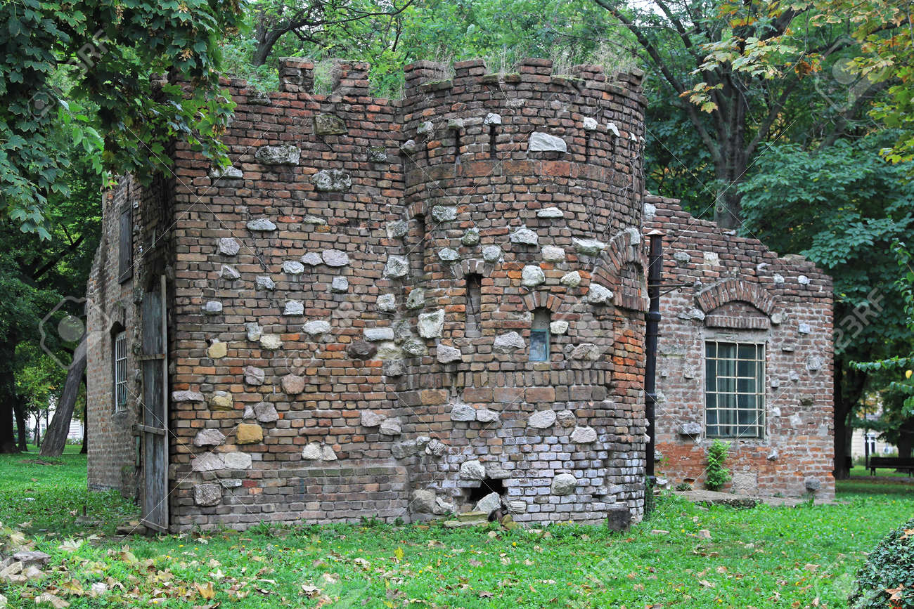 Medieval castle house made from brick and stones Stock Photo - 17146606