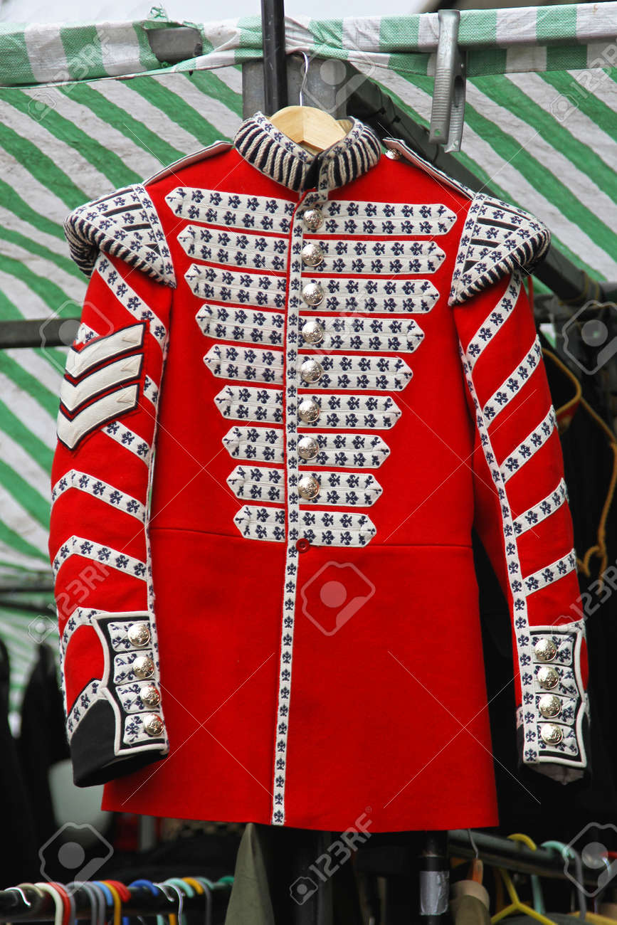 Red Coat Uniform Of Old British Army Stock Photo, Picture And ...