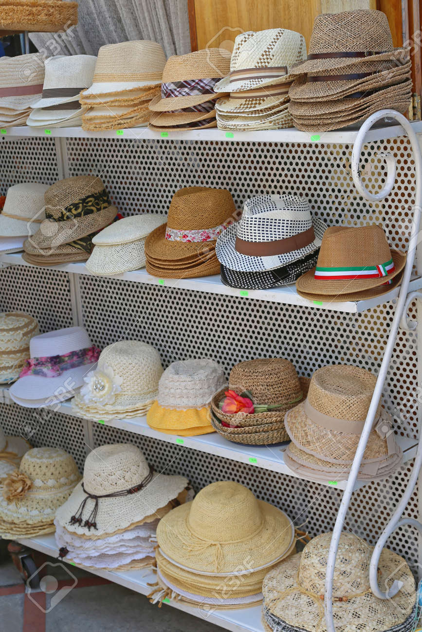 Shelf With Summer Hats For Sale Stock Photo - 89172861 235cf2606c5