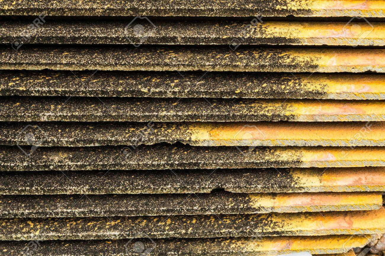 Piles of old roof tiles Stock Photo - 21015282