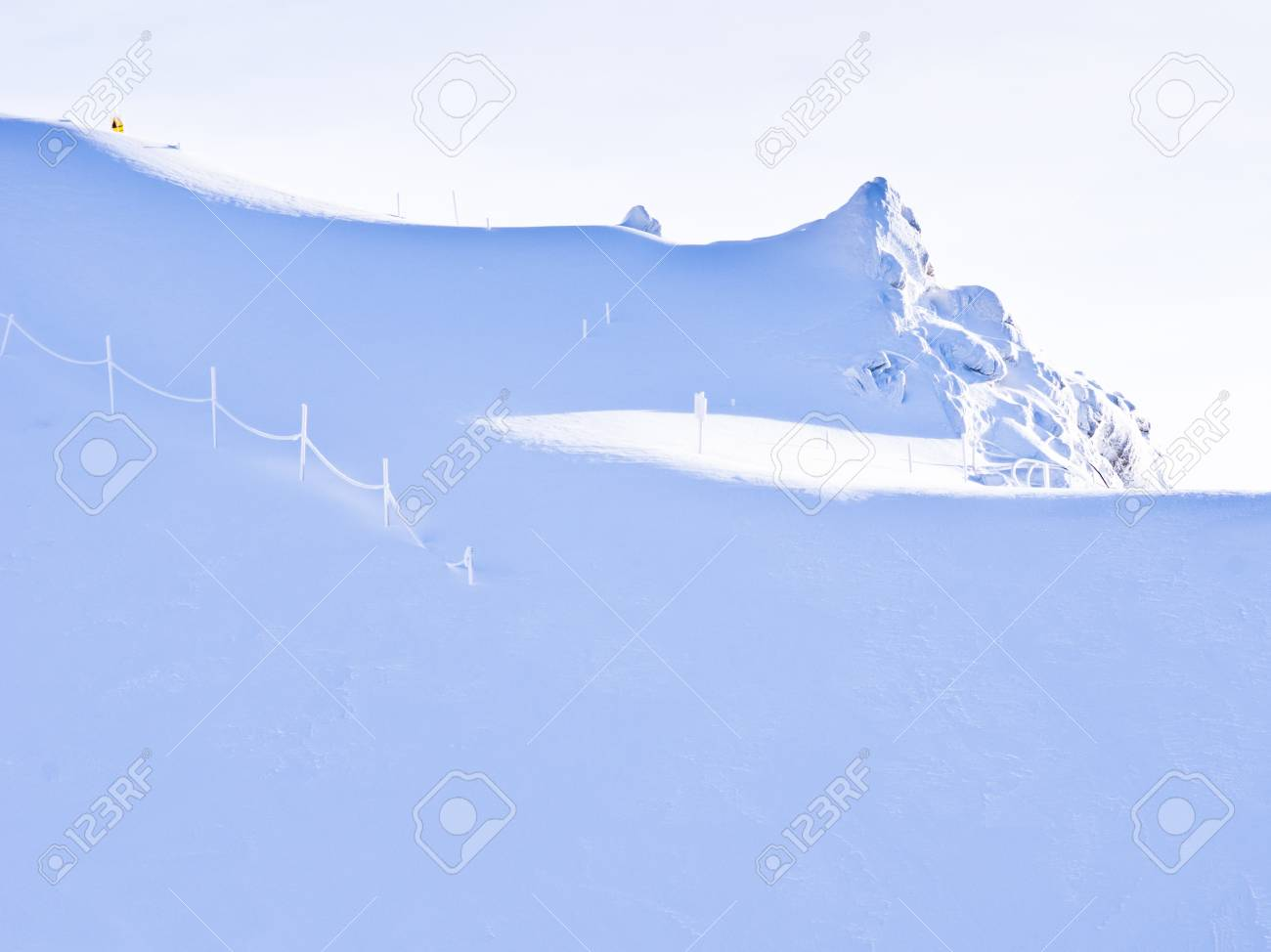 Blinding whiteness near the top of Kaprun glacier Stock Photo - 18752299