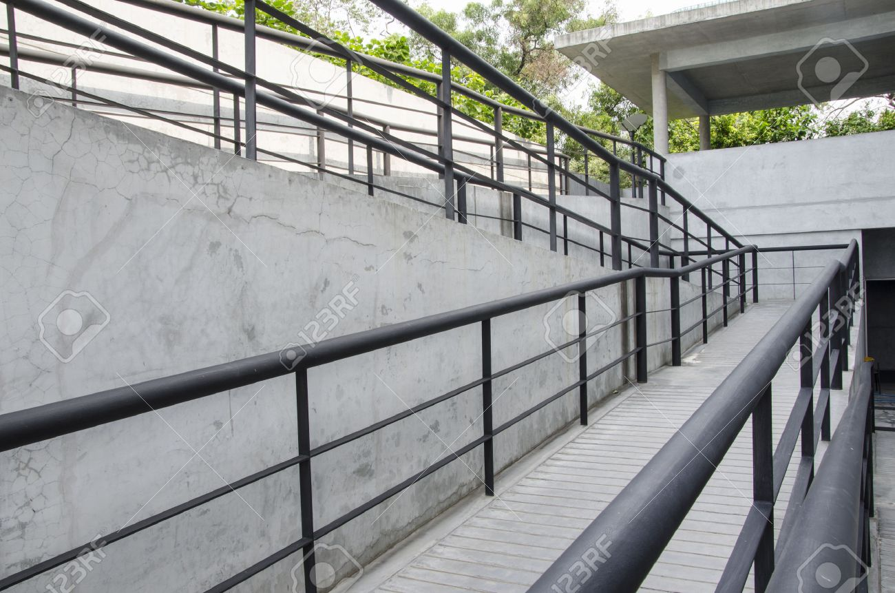 low priced 14630 4c135 Using wheelchair ramp(Barrier-free access) Stock Photo - 28762520