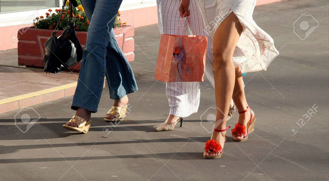 Three girls going shopping Stock Photo - 347392