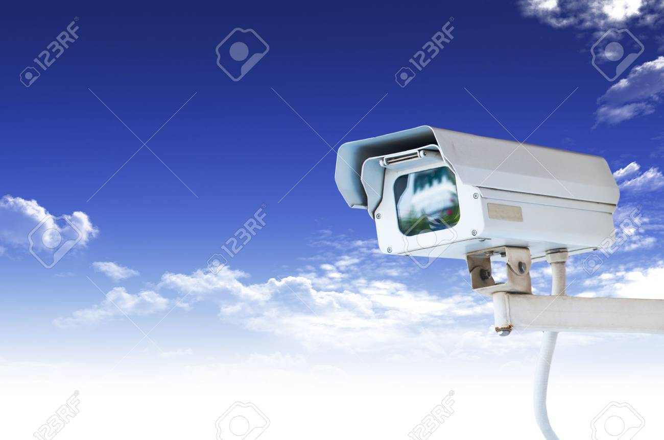 Security Camera or CCTV on blue sky Stock Photo - 10489868
