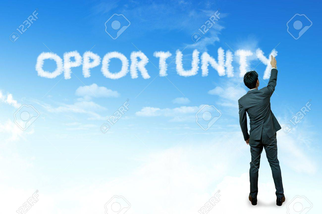 Businessman drawing cloud for business concept, Opportunity Stock Photo - 14645571