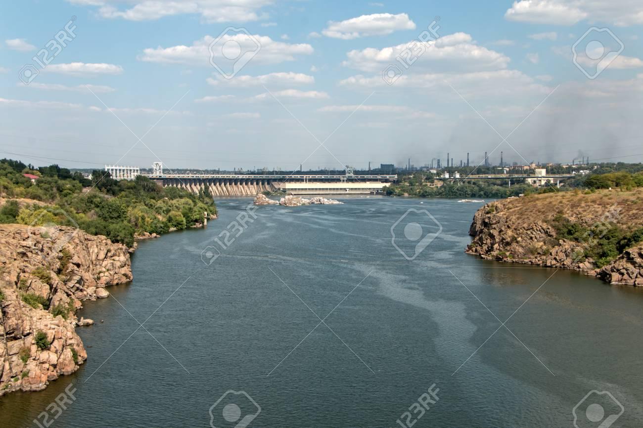 ドニエプル川、ザポリージャの磯...