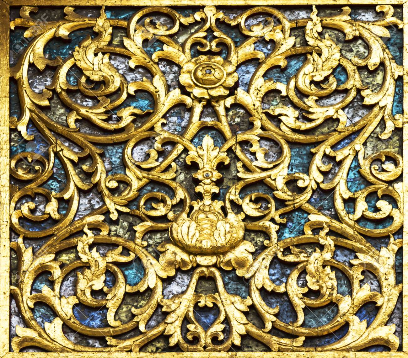 Thai Temple Golden Carving Wall Art, Phra Singh Temple, Chiangmai ...