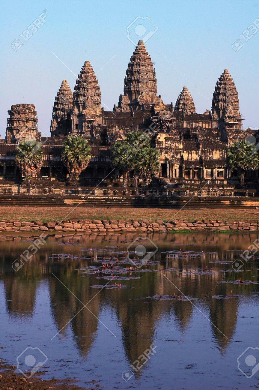 Landscape of the famous Angkor Thom in Siem Reap,Cambodia Stock Photo - 8494322