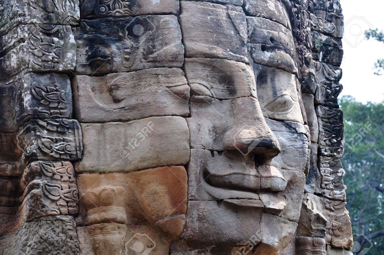 Landscape of historical religious ruins at Angkor Wat,Cambodia Stock Photo - 9557201
