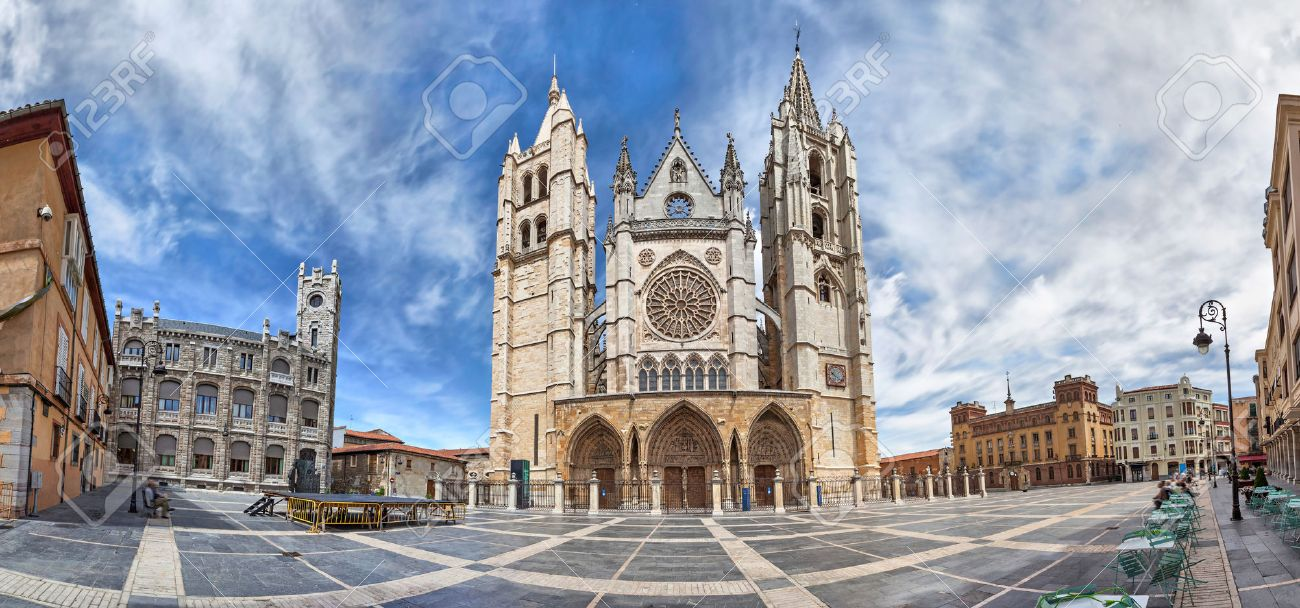 Panorama of Plaza de Regla and Leon Cathedral Castile and Leon Spain - 41541654