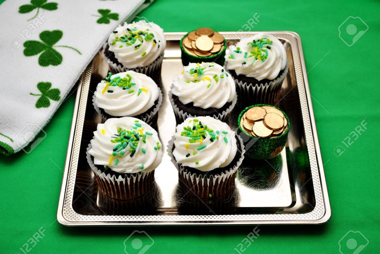 Argent Plateau de gâteaux irlandais Banque d\u0027images , 25628173
