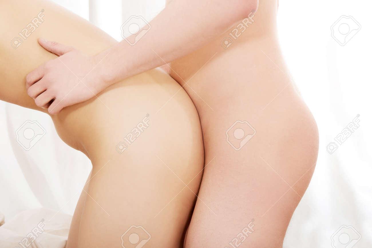 coppie eterosessuali fare sesso in camera da letto. foto royalty ... - Sesso In Camera Da Letto