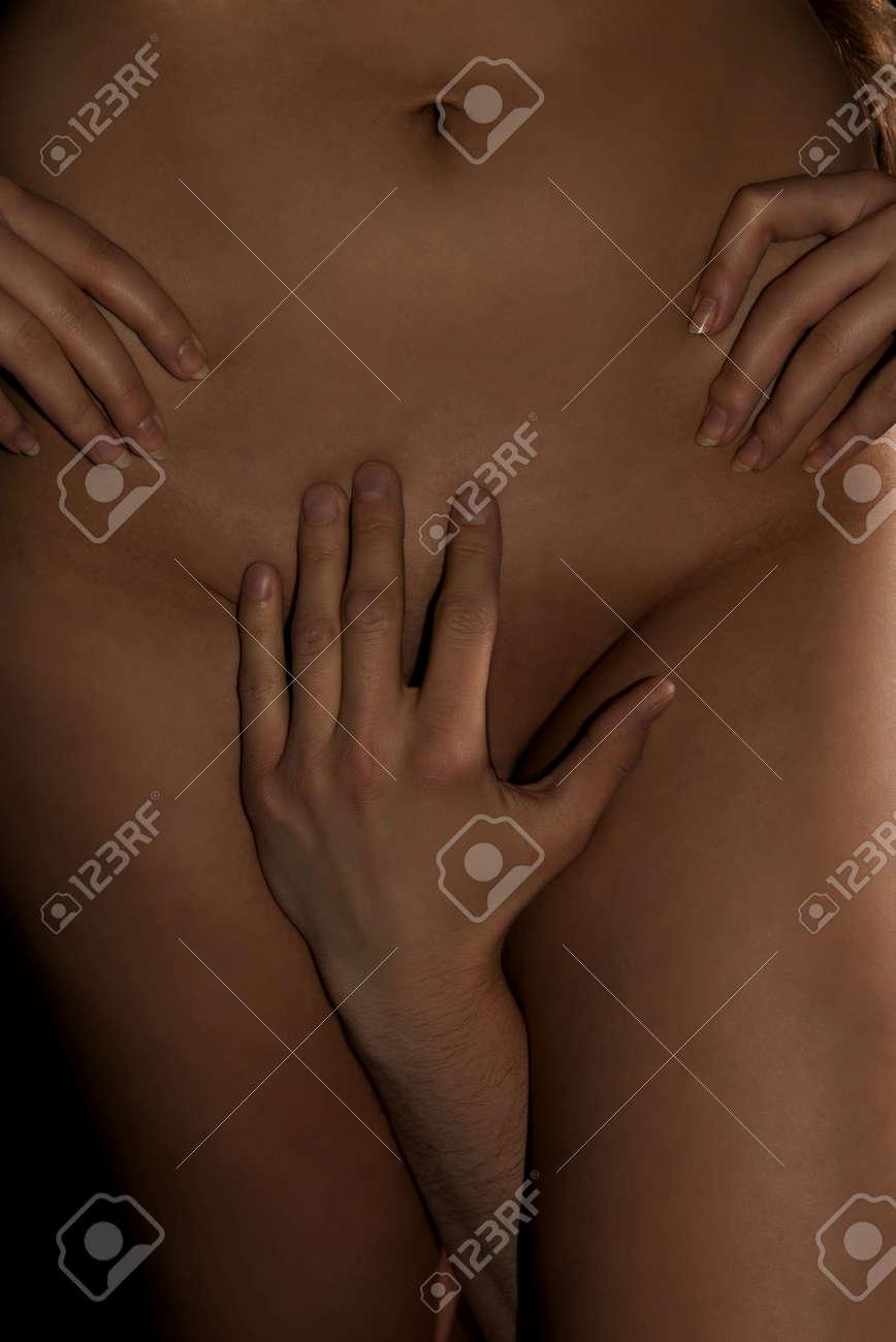 Wie berührt man eine nackte Frau