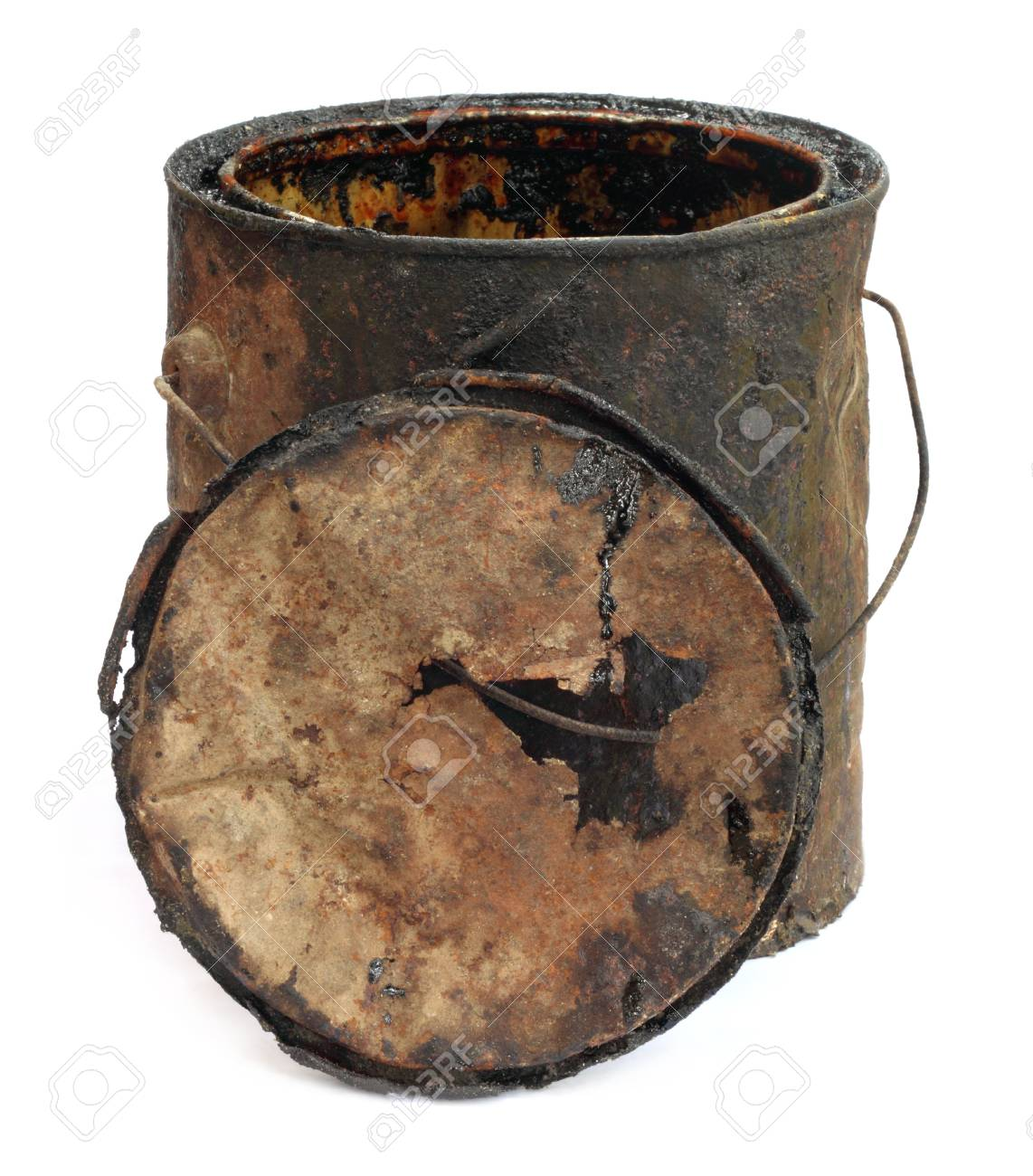 Old grungy bucket Stock Photo - 8621171