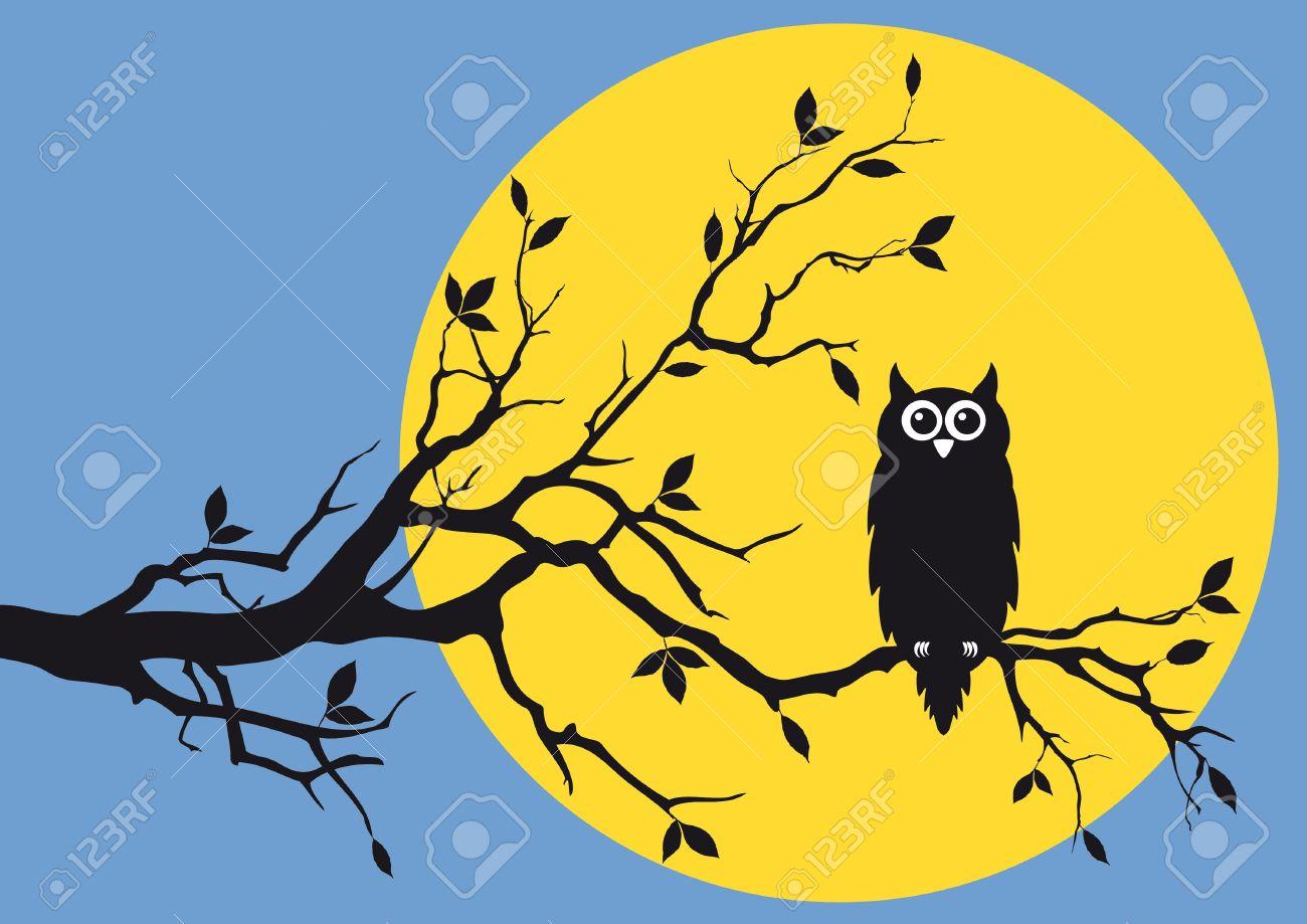 night owl on tree branch Stock Vector - 9894508