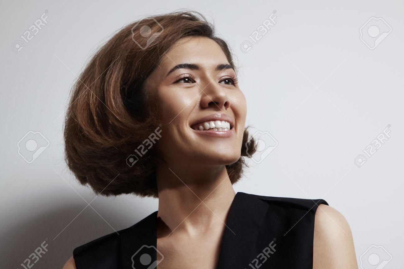 woman, beauty, hair, treatment, shampoo, shine, stright, bob, haircut, cut, color, red, cry, emotion, shy, hide, close, hand, face, sad, laughing, put, asian, china, chinese, japanese, korean, - 36923537