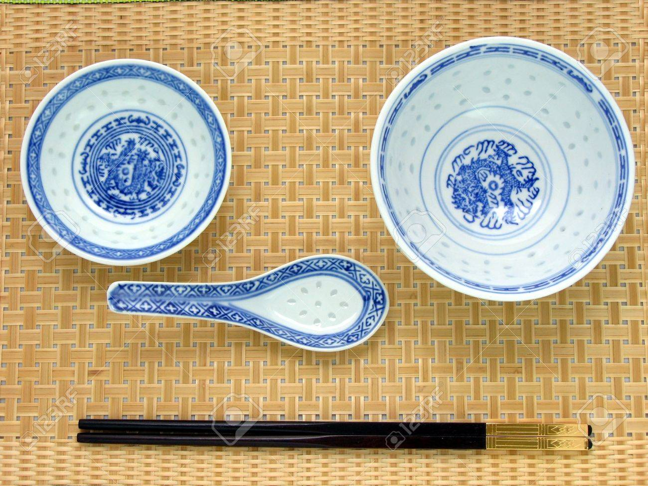 Chinese table setting - Traditional Chinese Table Setting Chinese Bowl Spoon Plate Cropsticks On Bamboo Mat