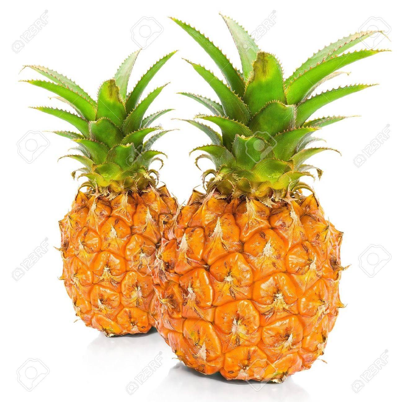 Fresh pineapple - 12207690