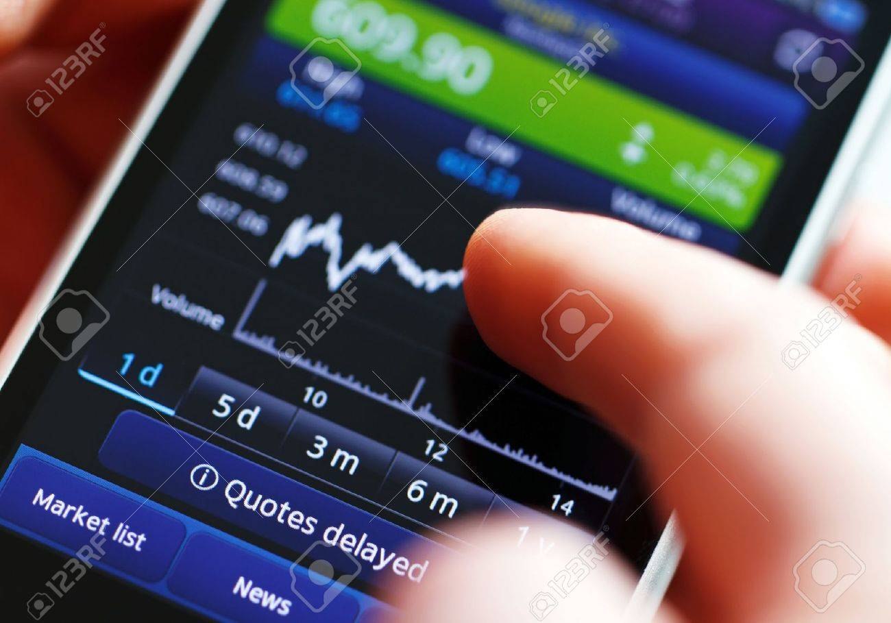 Stock diagram on the screen smartphone. - 12685969