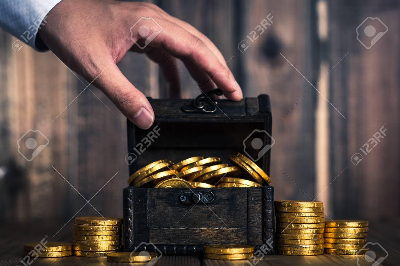 Money - 81379822