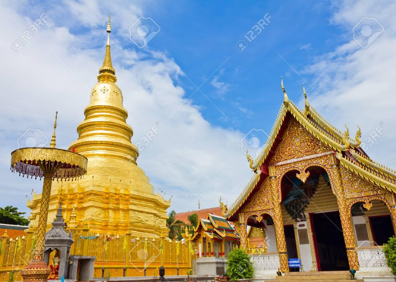 Wat phra that hariphunchai at Lamphun province, Thailand Stock Photo - 14129535