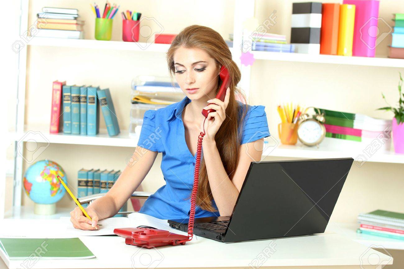 beautiful young girl in the office Stock Photo - 10327319