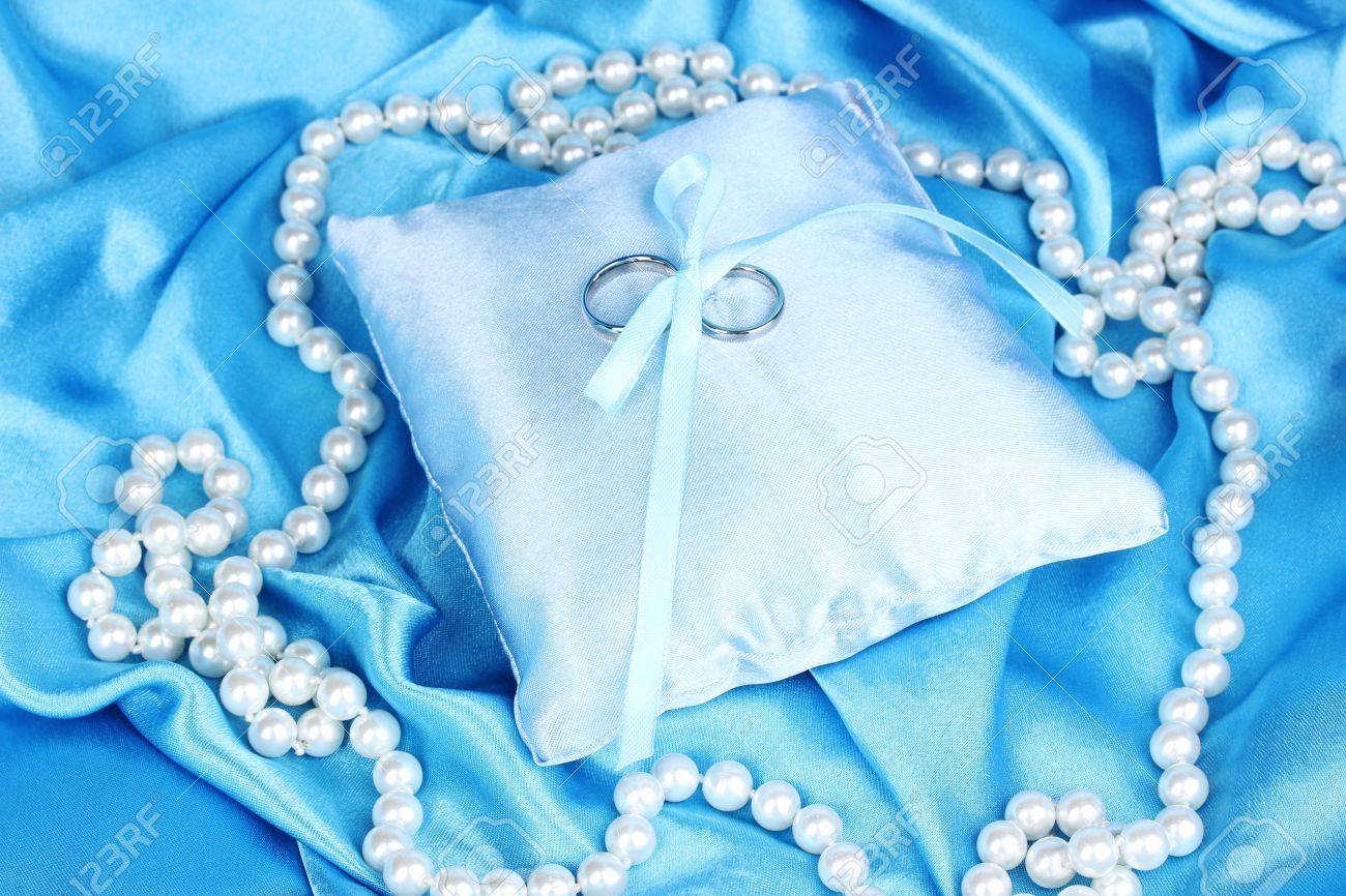 light blue wedding ring blue wedding rings Light blue wedding ring Light Blue Diamond Engagement Rings Jzqswz