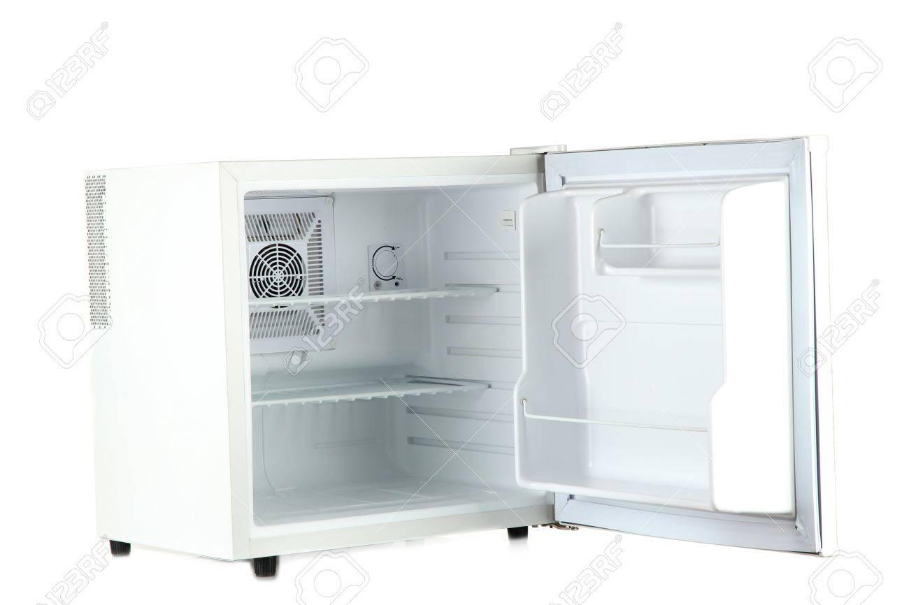 Kleiner Kühlschrank Weiß : Ffnen sie ein leeres mini kühlschrank isoliert auf weiß lizenzfreie