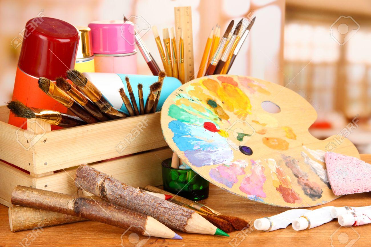 Matériel de peinture artistique