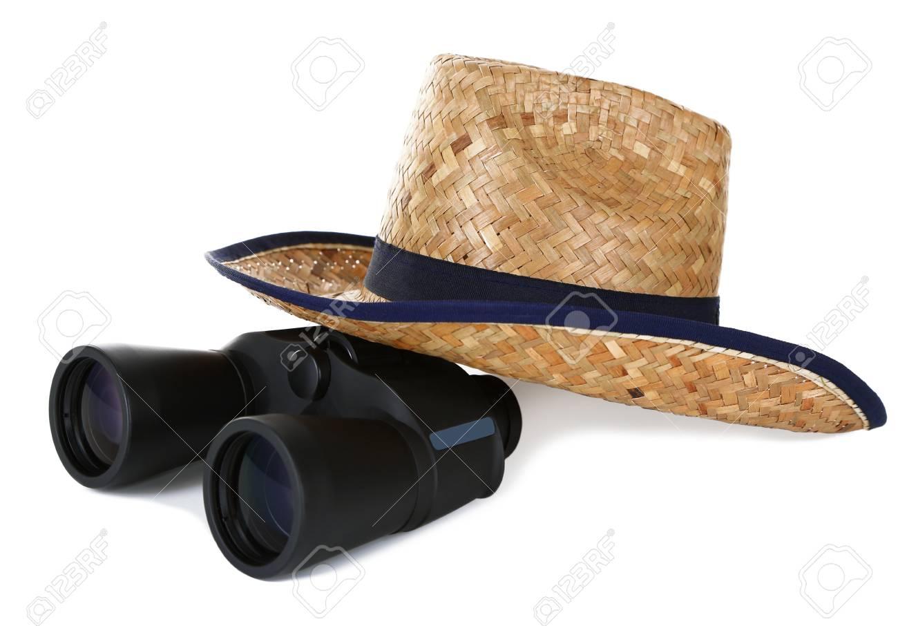Black prismáticos modernos con sombrero de paja aislado en blanco Foto de  archivo - 18741660 72dabfbb029