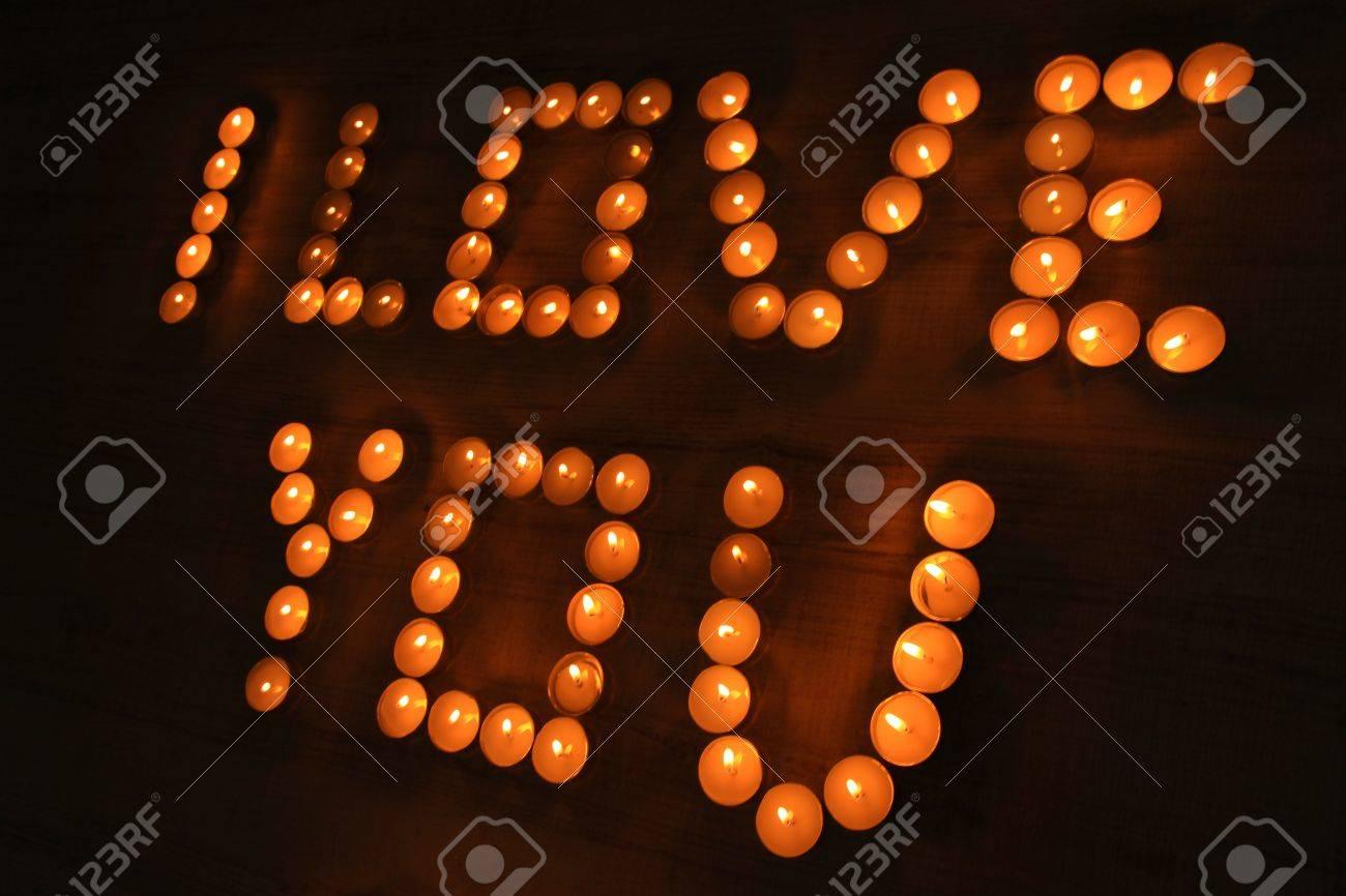Delightful Romantische Kerzen Auf Dunklem Hintergrund Lizenzfreie Bilder   20930458 Nice Look