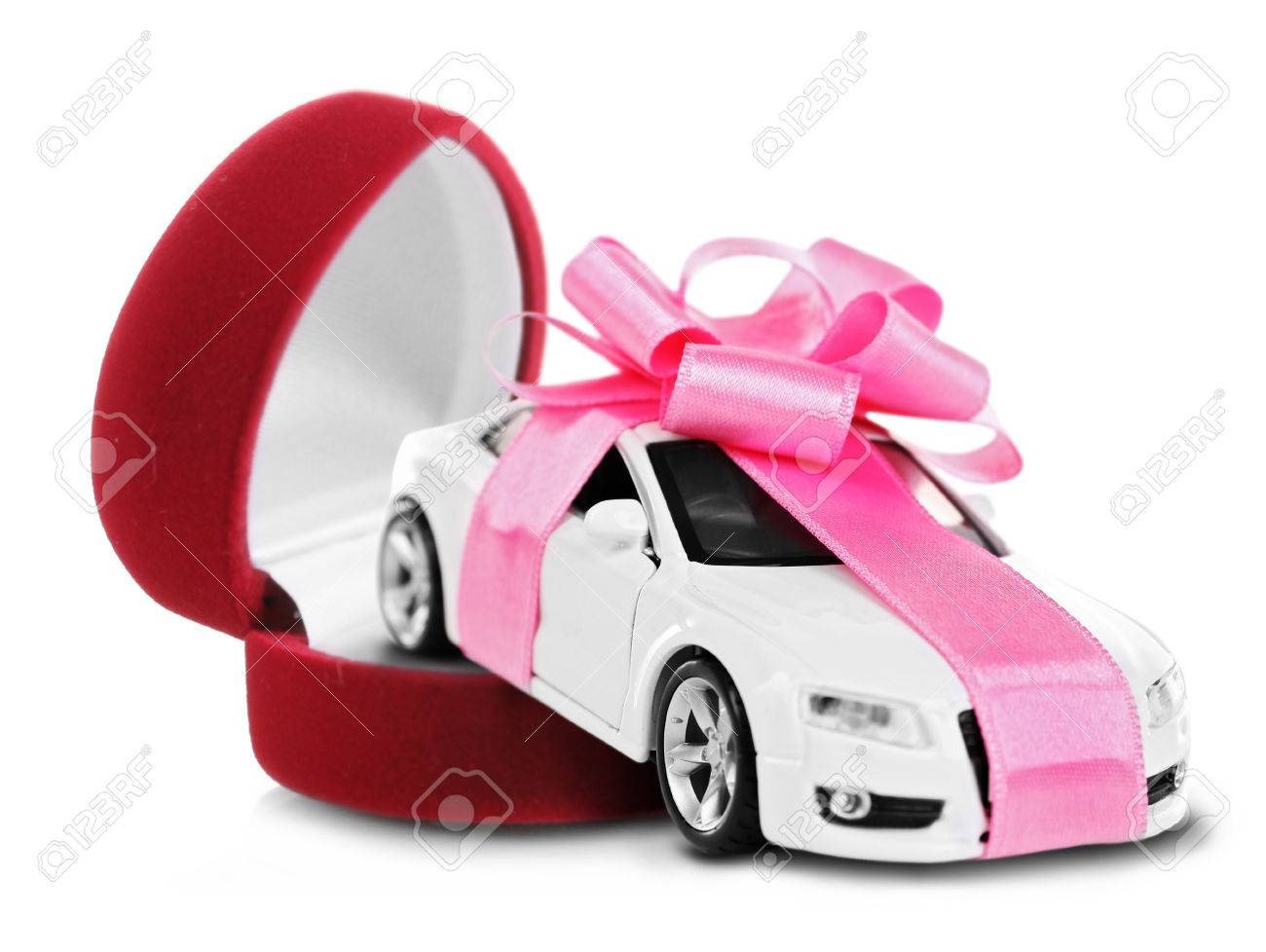Neues Auto Mit Rosafarbenem Bogen Als Geschenk Im Roten