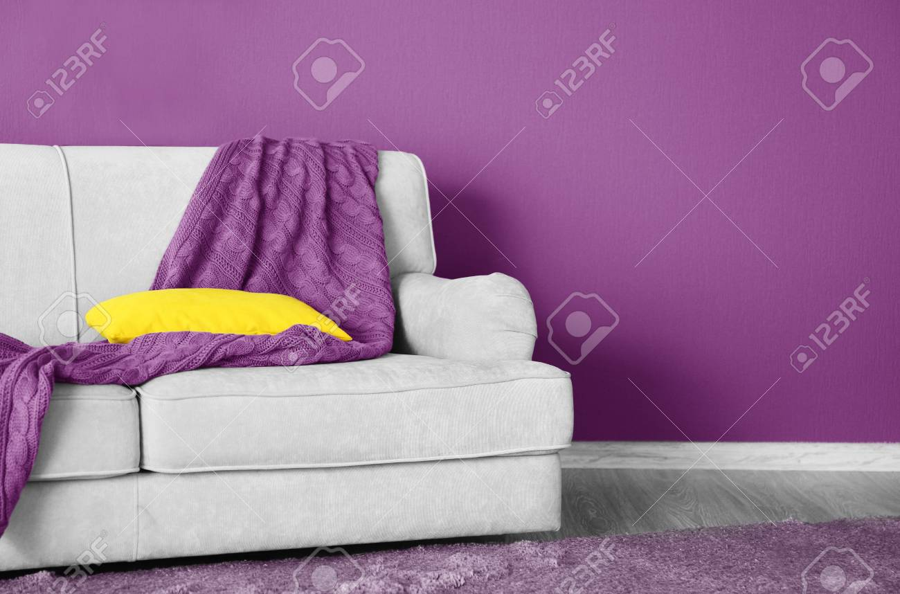 Phenomenal Lilac Color Accent In Modern Interior Comfortable Couch With Download Free Architecture Designs Photstoregrimeyleaguecom