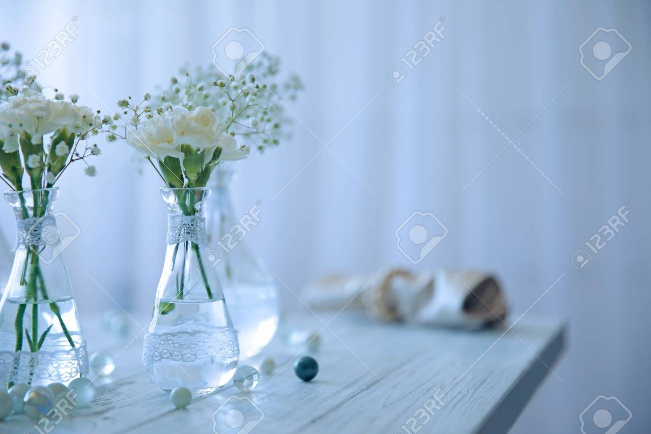 Mini glass vases with flowers on table Stock Photo - 96249083 & Mini Glass Vases With Flowers On Table Stock Photo Picture And ...