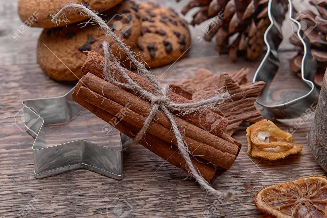 Composition Of Cinnamon Sticks Cookie Cutter And Natural Decor