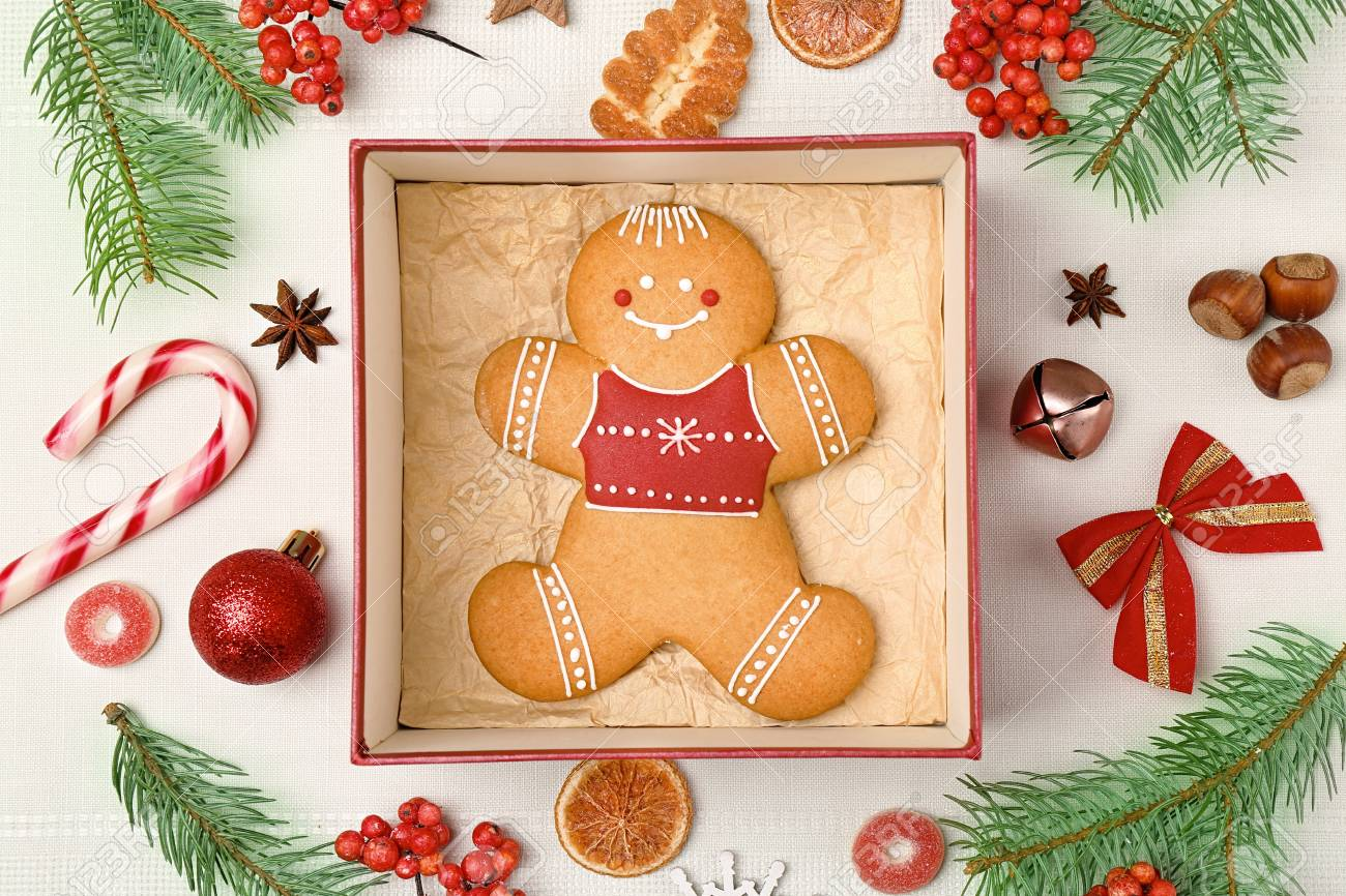 Delicious Christmas cookie in gift box on table Stock Photo - 97050969 & Delicious Christmas Cookie In Gift Box On Table Stock Photo Picture ...