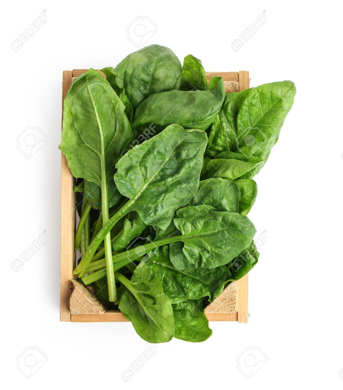 Crate with fresh spinach leaves isolated on white, top view - 121108686