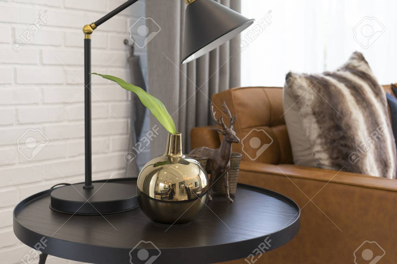Fantastic Side Table With Black Table Light Bedside Brown Leather Sofa Theyellowbook Wood Chair Design Ideas Theyellowbookinfo