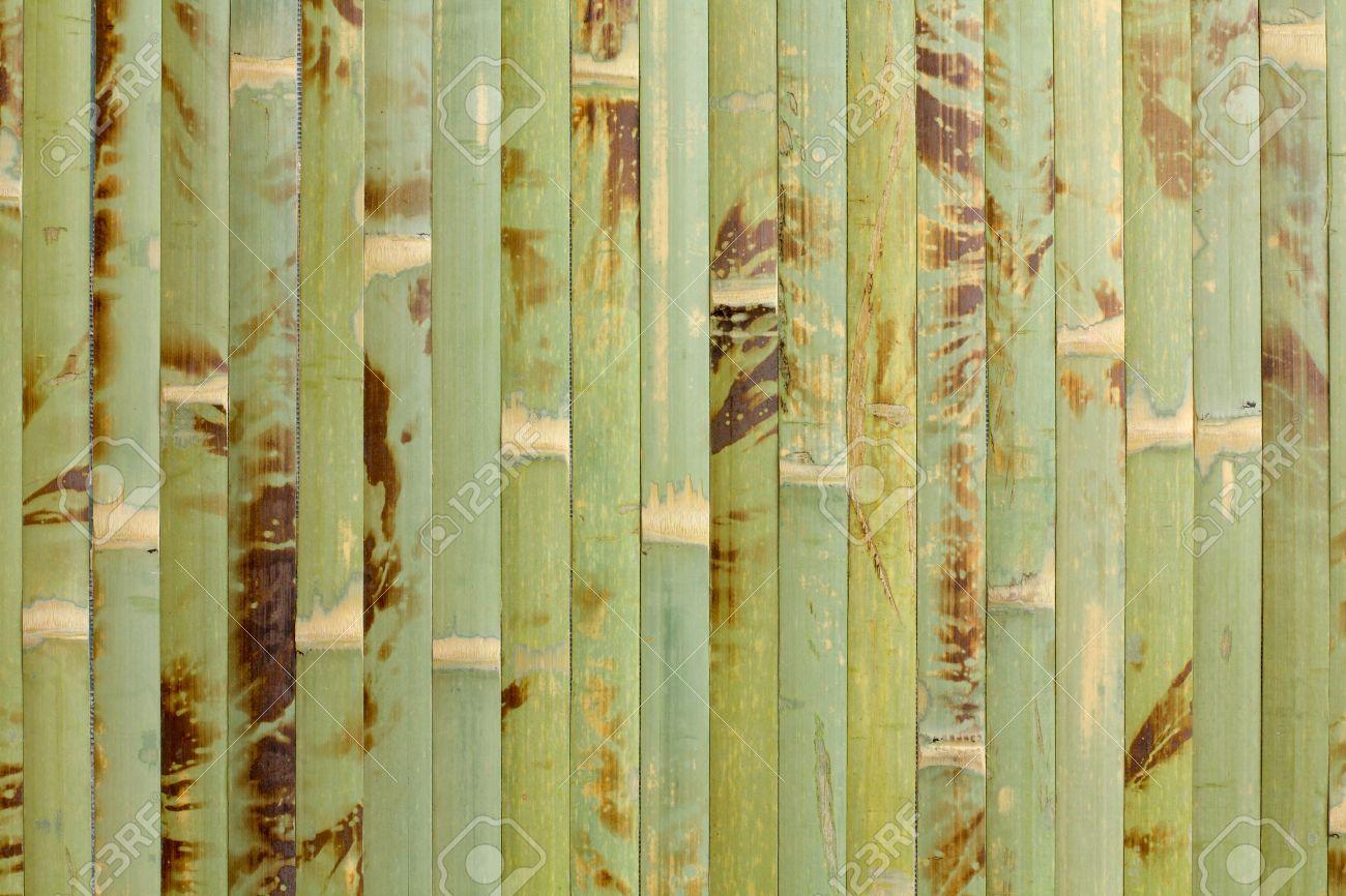 probe der homogenen textur der grünen holz bambus tapeten