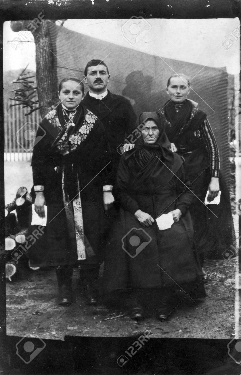 Vintage Family Portrait Darstellung Großmutter Mutter Vater Und