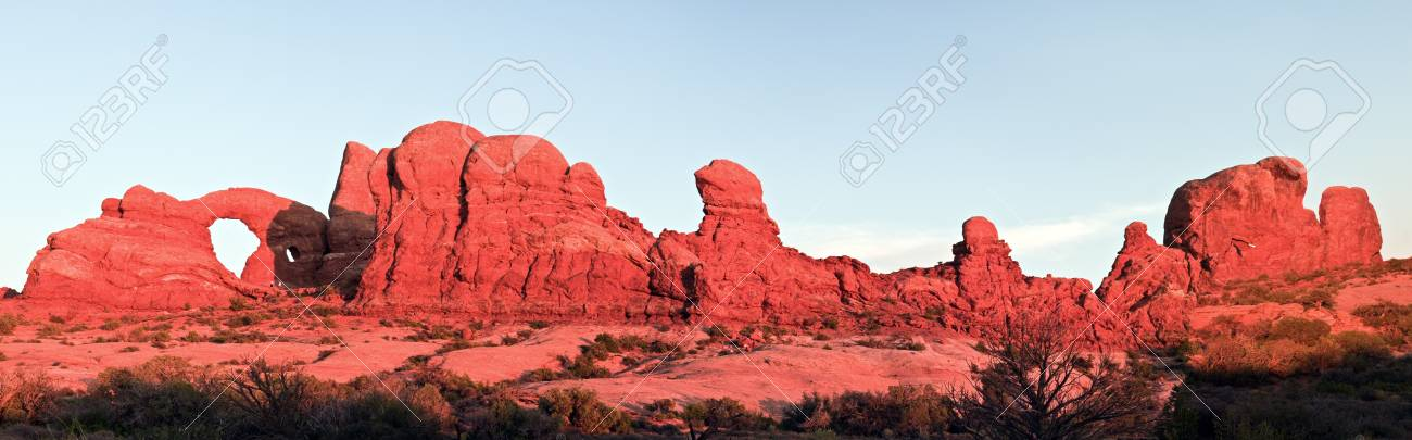Panoramic sunset in Arches National Park, Utah Stock Photo - 8923328