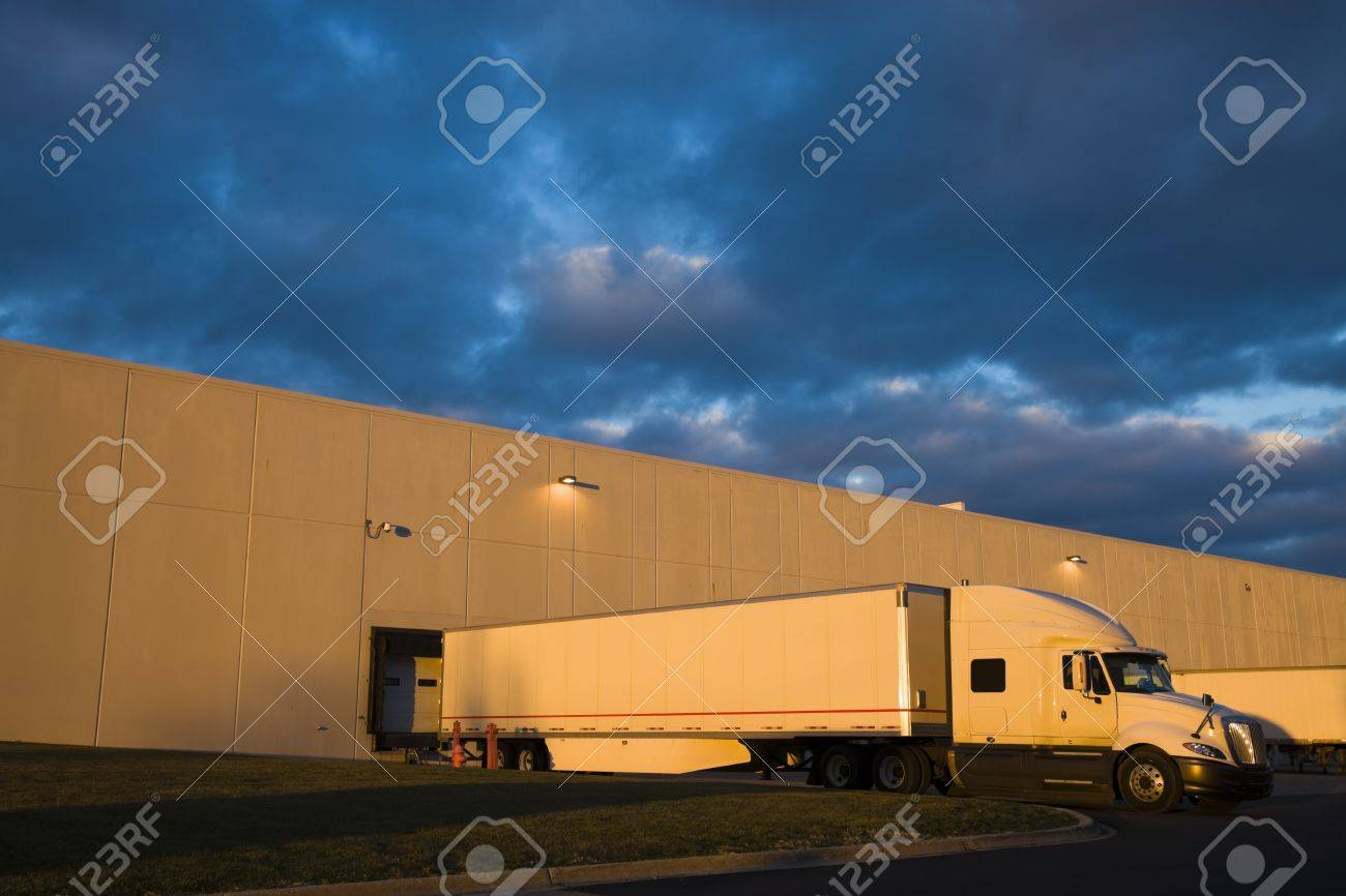 Semi Truck in the loading zone of the warehouse Stock Photo - 9005528