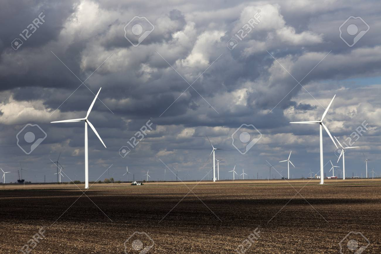 Wind Farm in Indiana seen during cloudy day. Stock Photo - 17305337