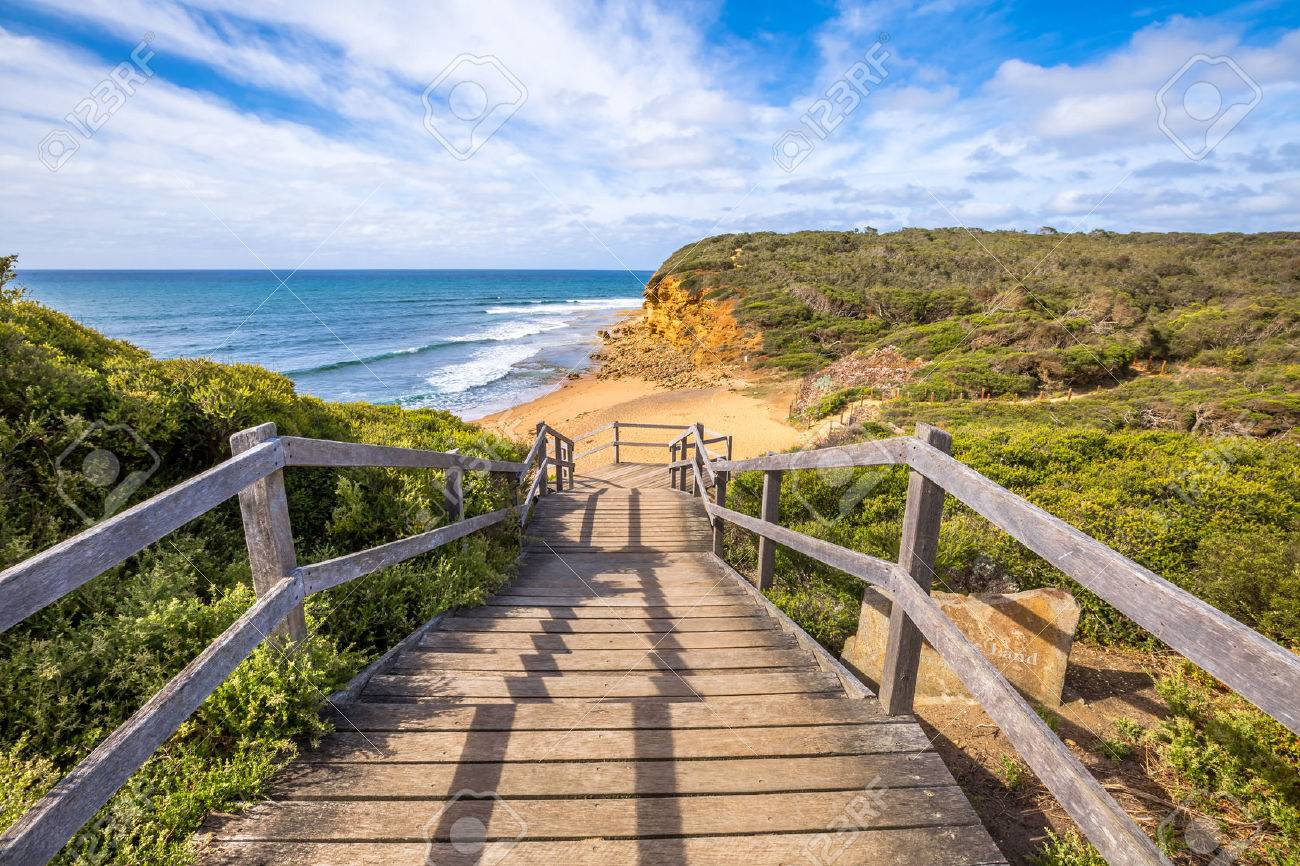 Walkway of the legendary Bells Beach - the beach of the cult film Point Break, near Torquay, gateway to the Surf Coast of Victoria, Australia, where he began the famous  Great Ocean Road Stock Photo - 42024871