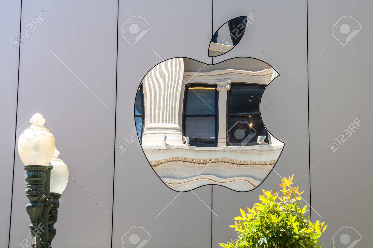 Cupertino, CA, USA - August 15, 2016: Apple sign on the Apple world headquarters at One Infinite Loop, Cupertino in Silicon Valley. Apple Inc. is an American multinational technology company. - 62651270