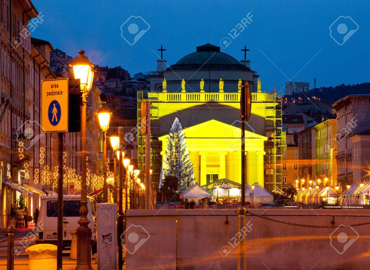 View of St. Antonio cathedral in the christmas day, Trieste - Italy Stock Photo - 12819015