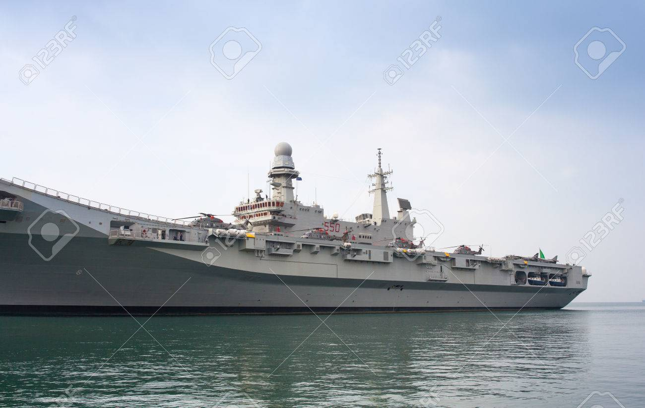 33230502-trieste-italy-november-02-view-of-the-the-italian-aircraft-carrier-cavour-aircraft-carrier-and-the-n.jpg